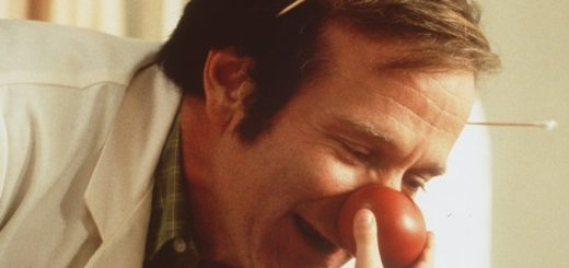 recensione patch adams scena del film